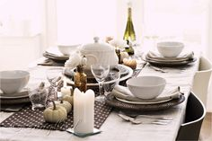[Fall-Polkadot-Table-Setting-75.jpg]