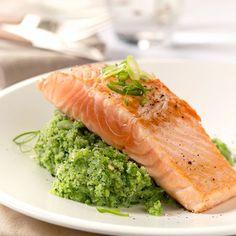 Salmon and broccoli Fish Recipes, Keto Recipes, Healthy Recipes, Healthy Food, Salmon And Broccoli, Fodmap, Fish And Seafood, Creative Food, I Foods