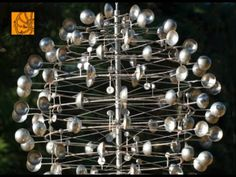 Full Compilation of Kinetic masterpieces by Anthony Howe Something small for yardart would be awesome. Wind Sculptures, Sculpture Art, Kinetic Wind Art, Anthony Howe, Cloud Lights, Perpetual Motion, Mobile Art, Wind Spinners, Public Art
