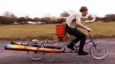 A jet powered bicycle whose safety one can question. The bicycle has been made just the way it says in its name; a homemade jet engine has been strapped to an old bike Tricycle, Colin Furze, Gas Powered Bicycle, Power Bike, Virtual Field Trips, Jet Engine, Old Bikes, Vintage Bicycles, Sport Bikes