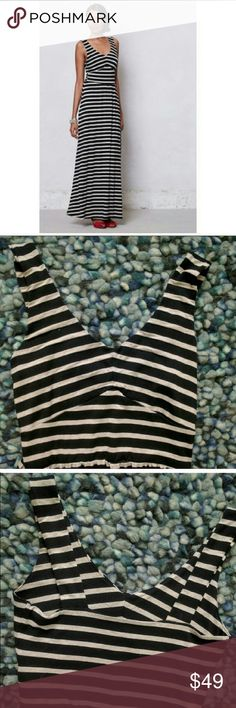 Anthropologie Puella Stripped Dress Anthropologie Puella Stripped Maxi Dress - Size medium. Colors are black and white. Very soft comfortable fabric. In excellent used condition. Make an offer! Anthropologie Dresses Maxi
