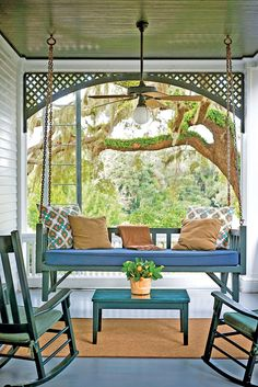 Greyfield Inn - The South's Prettiest Porches - Southern Living Southern Porches, Southern Living, Southern Charm, Country Porches, Front Porches, Outdoor Rooms, Outdoor Living, Outdoor Decor, Decks