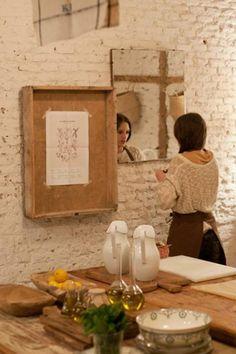 Wood crate frame - kinfolk