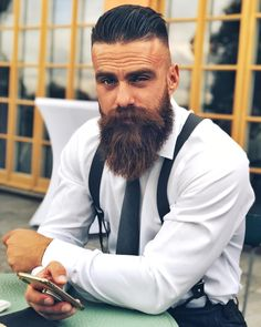 beard fashion Viking hairstyles ideas to win the look effortlessly. Discover the superb hairdos we have selected for you, from a traditional crew cut to daring dreads. Beard Styles For Men, Hair And Beard Styles, Hair Styles, Viking Beard Styles, Best Short Haircuts, Haircuts For Men, Modern Haircuts, Mens Hairstyles With Beard, Viking Hairstyles