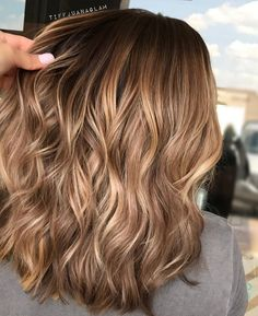 Long Wavy Ash-Brown Balayage - 20 Light Brown Hair Color Ideas for Your New Look - The Trending Hairstyle Hair Color Balayage, Ombre Hair, Blonde Color, Honey Balayage, Haircolor, Brunette Color, Blonde Balayage, Blonde Brunette, Inspo Cheveux