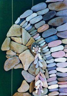 47 Ideas rock art diy pebble mosaic for 2019 Pebble Mosaic, Pebble Art, Mosaic Art, Rock Mosaic, Stone Crafts, Rock Crafts, Diy Crafts, Pebble Stone, Stone Art