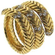 Bulgari Bvlgari Spiga 18k Gold Diamond Wrap Snake Ring