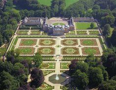 Paleis Het Loo gardens, The Netherlands (© www.paleishetloo.nl)