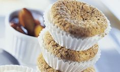 Luftig-warmes Zwetschgen-Mohndessert: Für den Teig Butter und Zucker cremig… Dessert, Muffin, Breakfast, Food, Kitchens, Recipes, Poppy Seed Cake, Plum Recipes, Simple