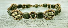 Crafty Ispirazioni di Linda: Catherine Bracciale - Forest Green & pelle scamosciata Oro