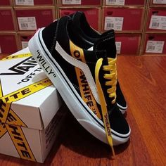 Shoes Sneakers Vans Outfit Source by Shoes Vans Sneakers, Tenis Vans, Sneakers Mode, Sneakers Fashion, Adidas Fashion, Nike Casual, Custom Vans Shoes, Cool Vans Shoes, Mens Vans Shoes