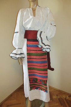 Antique hand woven and hand embroidered Romanian costume from Bistrita - size M Mattress Pad, Vintage Couture, Beautiful Blouses, Embroidered Blouse, Hand Weaving, Kimono Top, Two Piece Skirt Set, Ralph Lauren, Costumes