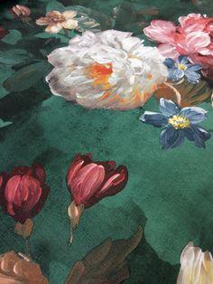 Klasszikusan romantikus hangulatú rózsa mintás tapéta festett hatású struktúrával. Painting, Vintage, Design, Art, Art Background, Painting Art, Kunst, Paintings