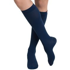 The high performance VIM & VIGR Women's 15-20 mmHg Compression Nylon Moisture Wick Sock energizes your legs while keeping them fresh. Graduated compression alleviates aching and swelling, while moisture-wicking nylon keeps perspiration off of the skin.