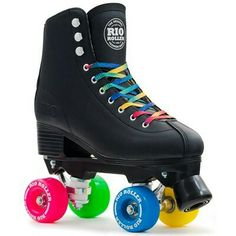 The Rio Roller Figure skate brings all the fun and style of Rio Roller into a figure quad skate, mounted on the exclusive Rio chassis, giving the rider a skate that looks great and performs like a dream! Available in 2 colours! Roller Skate Wheels, Quad Roller Skates, Roller Derby, Roller Skating, Retro Roller Skates, Rollers, Rio Roller, Skinnydip London, Figure Skating