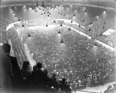 Olympia Stadium - Old photos gallery — Historic Detroit Detroit History, Detroit News, Olympia Stadium, Tiger Stadium, Wayne State University, Joe Louis, Basketball Photos, Detroit Free Press, Political Events
