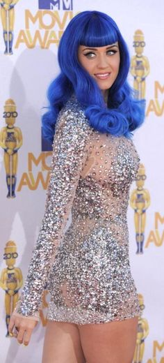 OMG! I love her hair!! She is so so so pretty! I also love your story Katy!!