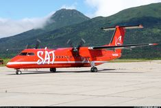 De Havilland Canada DHC-8-315Q Dash 8 aircraft picture