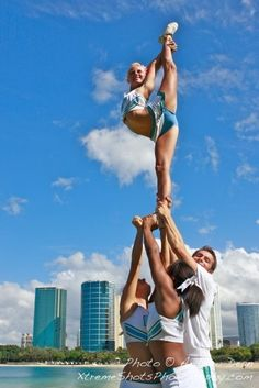 Extended Scorp - HPU, #cheer stunt scorpion needle, cheerleading college collegiate from Kythoni's Cheerleading: Stunts board http://pinterest.com/kythoni/cheerleading-stunts-bow-arrow-heel-stretch-scorpio/