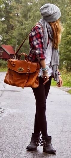 Love this fall outfit. Layers, leggings and boots! #style #travel