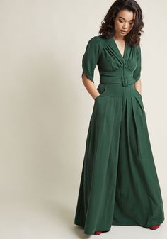 ModCloth Miss Candyfloss The Embolden Age Jumpsuit in Pine in XS Pleated Jumpsuit, Chambray Jumpsuit, Pleated Skirt, Summer Wedding Outfits, Future Clothes, 1940s Fashion, Women's Fashion, Skirt Outfits, Green Dress