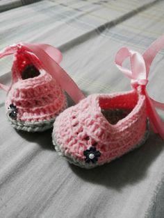Crochet #shoe #ribbon
