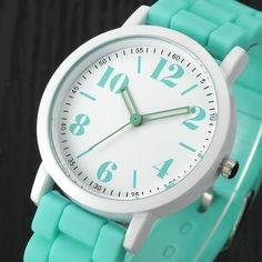 Women Analog Quartz Sports Wrist Watches