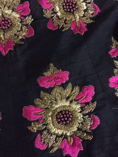 Pretty pink Couture Embroidery, Embroidery Motifs, Indian Embroidery, Embroidery Suits, Embroidery Fashion, Hand Embroidery Designs, Beaded Embroidery, Lesage, Blouse Designs