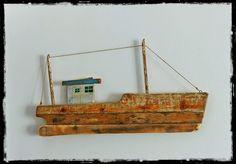 bateau de peche en bois flotté driftwood fishing boat