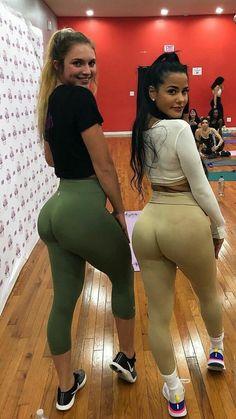 WILLA: Big guy hookup skinny girls in leggings selfies