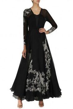 ESHAANI JAYASWAL  Black Embroidered Oriental Bird Print Gown #eshaanijaiswal #black #embroidered #oriental #bird #print #gown