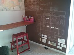 I love the blackboard wall here!  http://www.google.com/imgres?q=homeschool+room+organization+ideas=200=en=1366=575=isch=xoBSPY1m1d7NBM:=http://www.brainintrainin.com/2012/01/homeschool-room-vintage-industrial.html=uhkCzsvSP5hNnM=http://1.bp.blogspot.com/-YmBuGYizlHc/Txs9f36UzTI/AAAAAAAACB8/1ZoJNt7N-CI/s1600/WP_001372.jpg=1600=1200=h3l4T6WfKsSmgweN7LWFDw=1=hc=869=108=2037=194=259=165=94=102139326822341514358=8=117=15