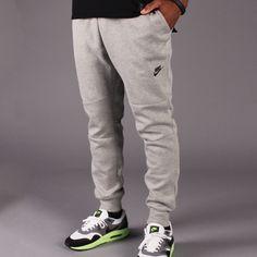 Nike Tech Fleece Pant 1MM (Dark Heather Grey/Black) Jogger Shorts, Joggers, Sweatpants, Nike Tech Fleece Pants, Nike Clothes Mens, Nike Outfits, My Man, Girls Best Friend, Mountain Clothing