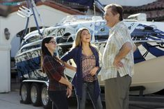 "#ModernFamily 6x12 ""The Big Guns"" - Alex, Haley and Frank"