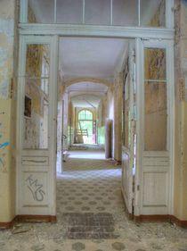 Verlassene Orte - Beelitz Heilstätten 02 von schroeer-design