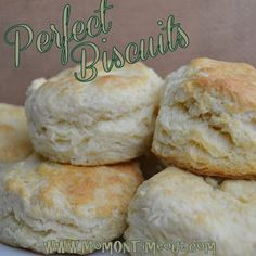Perfect Biscuits Every Time! {Recipe}Ingredients 3 cups all-purpose flour 3 Tbls sugar tsp salt 4 tsp baking powder tsp cream of tartar cup COLD butter 1 egg 1 cup milk Homemade Biscuits Recipe, Biscuit Recipe, Easy Biscuits, Buttermilk Biscuits, Scones, Bread Recipes, Cooking Recipes, Cooking Tips, Macarons