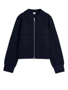 Ladies navy blue merino box jacket from Arket Fashion Mark, Fall Jackets, Edgy Outfits, Blue Tops, Nike Jacket, Outfit Of The Day, Knitwear, Dark Blue, Zip