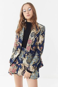 Shop Moon River Jacquard Blazer at Urban Outfitters today. Fashion Week, Fashion 2020, High Fashion, Womens Fashion, Looks Style, My Style, Mode Outfits, Dress Up, Blazer Dress
