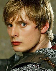 Bradley James (Merlin)