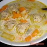 Kapros zöldbableves húsgombóccal Soup Recipes, Cake Recipes, Healthy Recipes, Yummy Food, Tasty, Hungarian Recipes, Sweet And Salty, Soups And Stews, Food And Drink