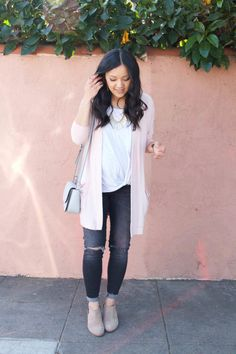 Blush-cardigan-white-twist-tee-and-booties-outfit-front-768x1152.jpg 768×1,152 pixels