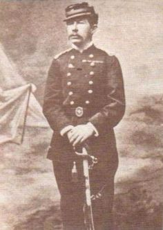 Daniel Rebolledo Sepúlveda, capitán del Regimiento Buín 1º de línea. Recibe el grado de capitán, al ser el primer hombre que coloca la bandera nacional en la cumbre del Morro Solar, durante la batalla de Miraflores. Pasó de sargento 2º a capitán.