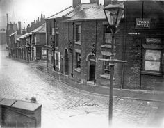 Corner of Chatham st and Swinton st, Pitsmoor, Sheffield Corporation Street Baths at bottom of hill, in 1939 Sheffield City, Industrial Architecture, South Yorkshire, My Town, Old Pictures, Baths, Postcards, Shops, Corner