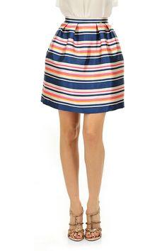 Kocca - Gonne - Abbigliamento - Gonna in tessuto strutturato a righe, vita alta con chiusura a zip. La nostra modella indossa la taglia /EU 38. - F7030 - € 85.00