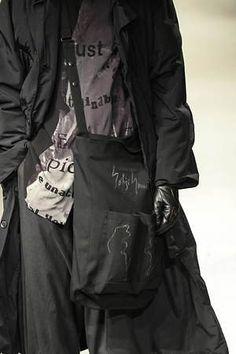 Anti Fashion, Fashion 2020, High Fashion, Fashion Fashion, Yoji Yamamoto, Origami Fashion, Jumpsuit Pattern, Issey Miyake, Up Styles