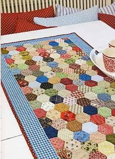 Autumn Colours Hexagon Runner