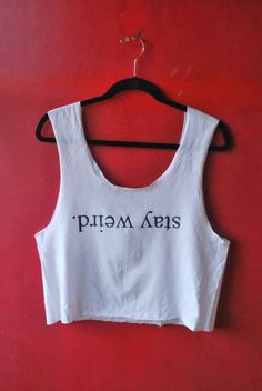 DIY Brandy Melville Crop Top 41 Insanely Easy Ways To Transform Your Shirts For Summer Cropped Tops, Cute Crop Tops, Gebleichte Shirts, Cute Shirts, Diy Fashion, Teen Fashion, Style Fashion, Fashion Beauty, Cool Outfits