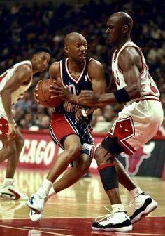 Bulls Basketball, Basketball Shirts, Basketball Legends, Michael Jordan, Goat, Old School, Air Jordans, Comic, Retro