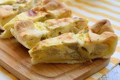 Una torta salata con carciofi sott'olio e scamorza è facile e veloce da preparare ma sempre di sicuro successo. Vediamo come si prepara e tanti consigli utili