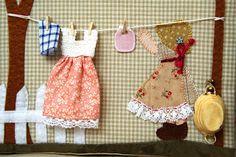 """Por fin mi """"BERNI"""" ya tiene su propia casa!!!!!! La idea surgió después de ver la funda de máquina de coser que había diseñado Véronique Req..."""